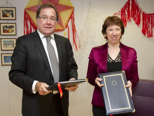 Ms Catherine Ashton, High Representative of the Union for Foreign Affairs and Security Policy and Mr Murray McCully, Minister of Foreign Affairs of New Zealand