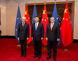 From left to right: Mr Herman VAN ROMPUY, President of the European Council; Mr Xi JINPING, President of the People's Republic of China; Mr José Manuel BARROSO, President of the European Commission.