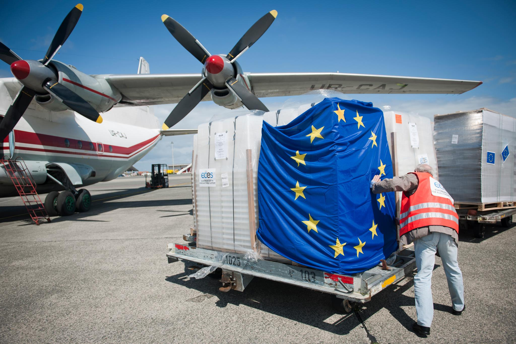 The EU is providing people, know-how and practical assistance to help Libya improve management of its borders