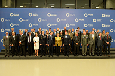 Catherine Ashton with Defence Ministers in Lithuania © EU