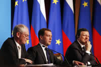 Left to right: Herman Van Rompuy, Dmitry Medvedev and José Manuel Barroso at the 2010 EU-Russia Summit © EU