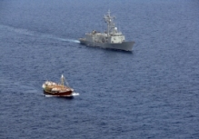 Spanish warship Navarra escorting vessel of the World Food Programme  ©EU