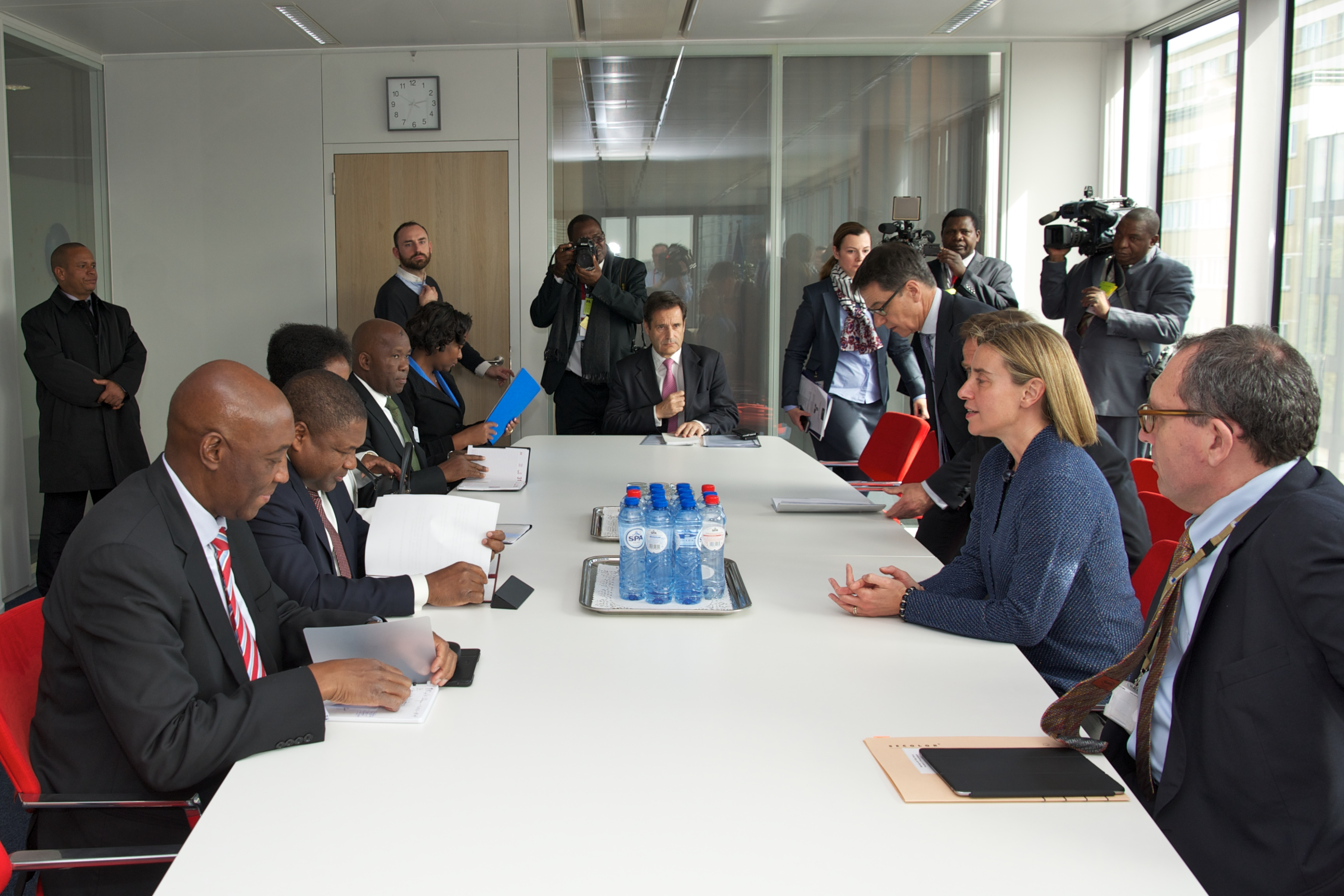 High Representative Mogherini meets President Nyusi of Mozambique